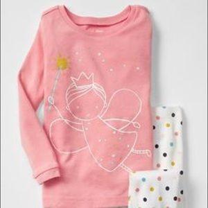 NWT 4 year Girl Gap Fairy Dot Pajama Set d9bb8e304